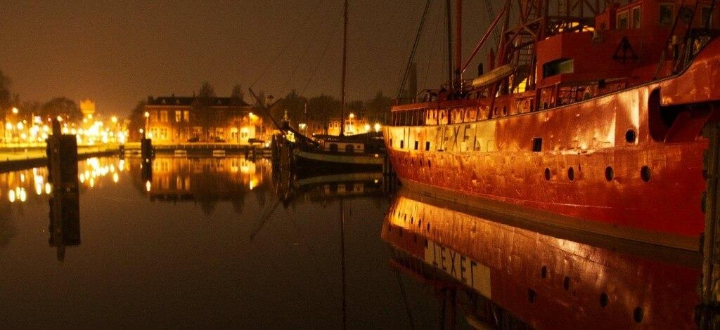 Den Helder with Willemsoord and lightship Texel