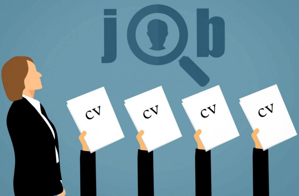 Cartoon: een recruiter met handen die een blad met het woord 'CV' erop omhoog houden.
