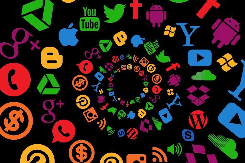 Social Media - digital marketeer