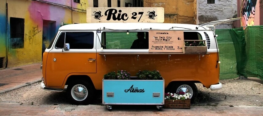 Food truck example for header bidding