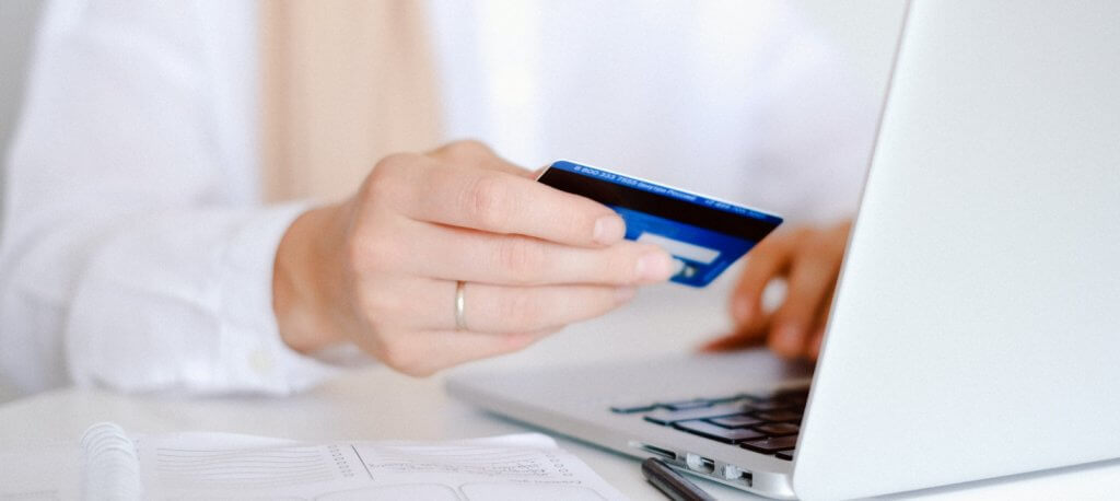 Business Credit Card Pros and Cons