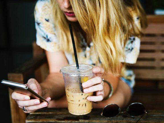 Online spending increases Q3 Thuiswinkel