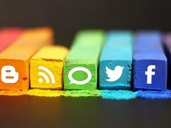 Social media onderzoek 2016 Newcom