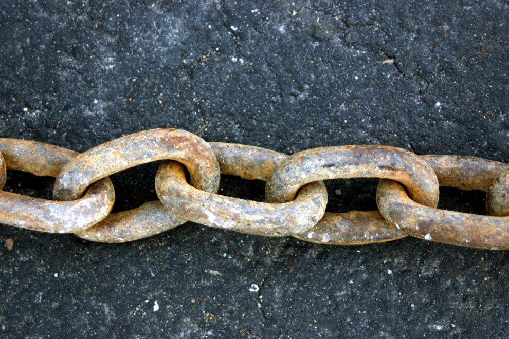 Rusty Chain by Click