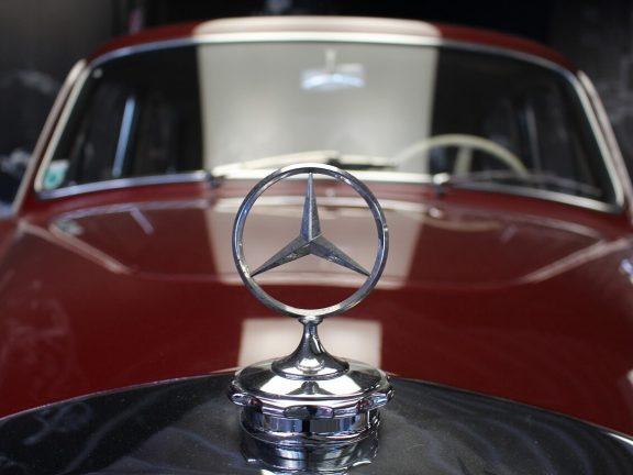 mercedes auto - relatiegeschenken voor imago en branding