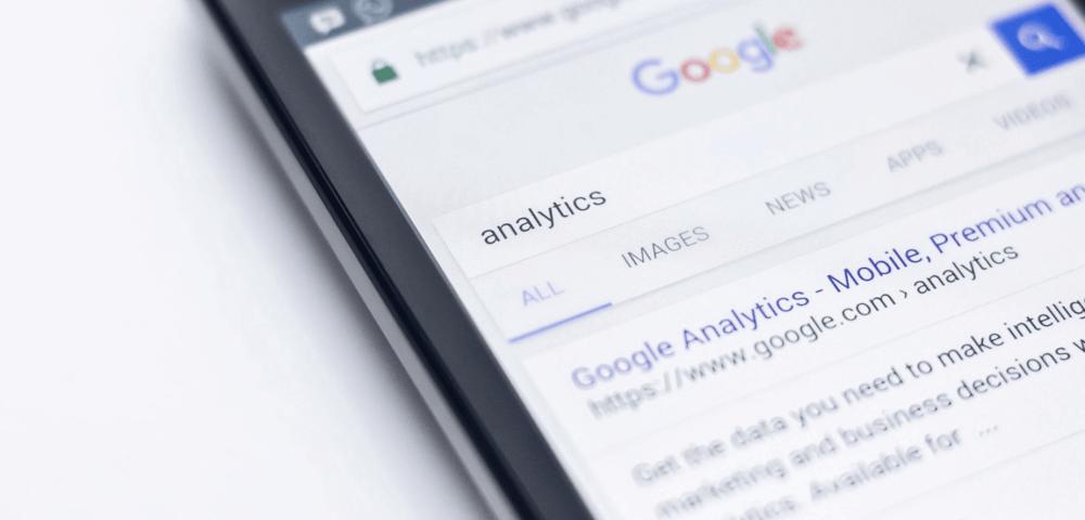 Op een mobiel scherm: Google Analytics