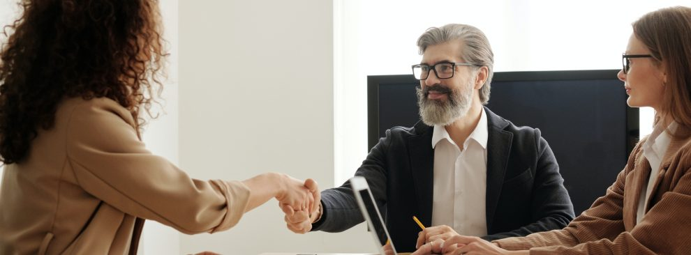 advantages and disadvantages of hiring someone
